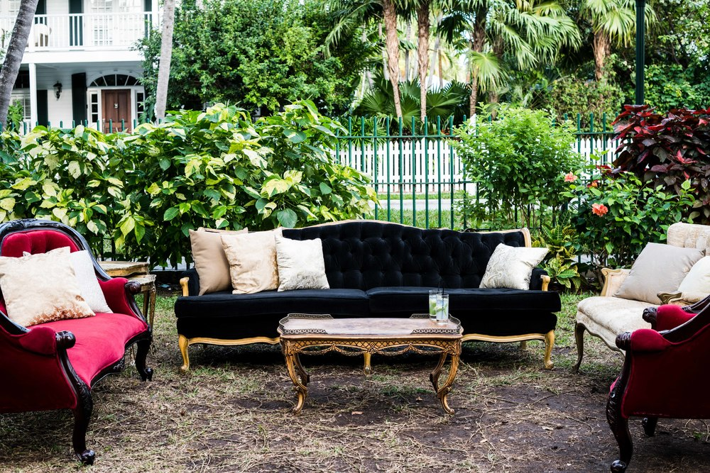 Furniture provided by Unearth Vintage in Miami