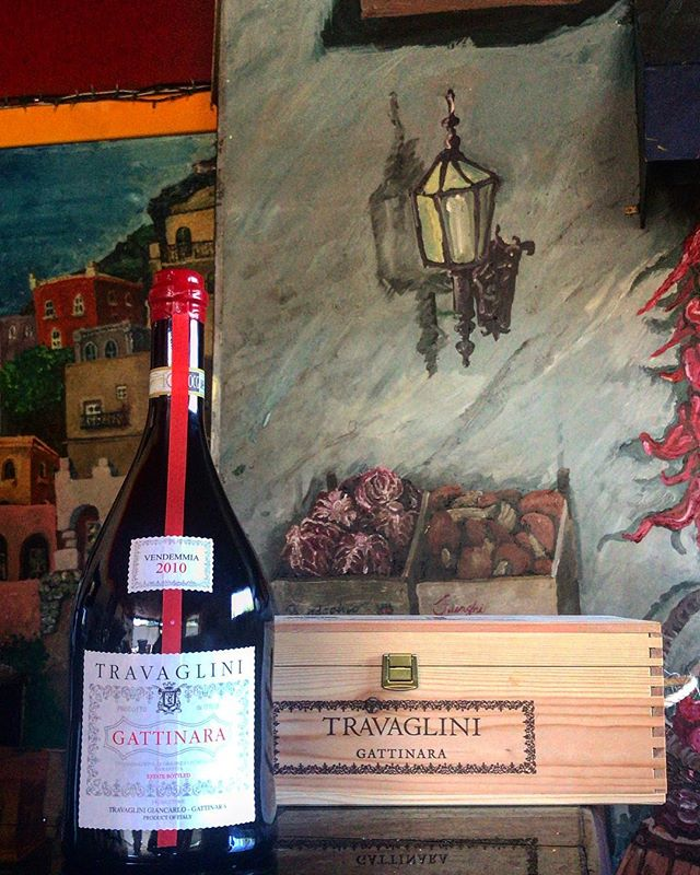 Come celebrate with this beautiful Magnum of Gattinara from @travaglinigattinara. Family owned just like us! This Nebbiolo shows a wonderful balance between power and elegance with a long, smooth finish.