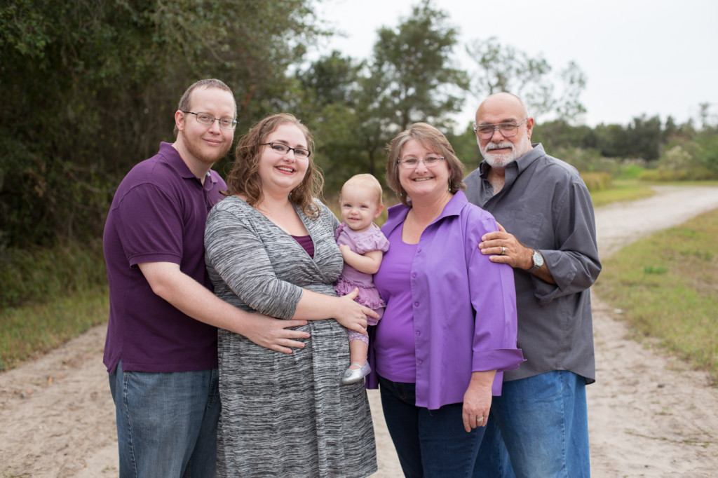 Lakeland Outdoor Family Photography: Arya & Family