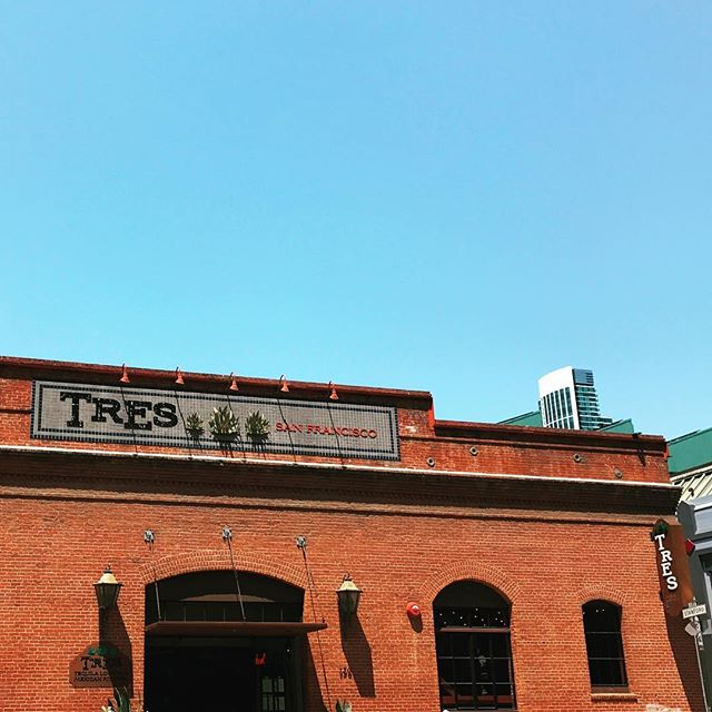 Just dropped off a case of pure cricket tincture at @tres_sf so now you can drink bugs before baseball games at @attparkofficial and any other time you're in the mood to expand your palette and save the world. 🌎🌵🐜🥂 . . #critterbitters #happyhour #tequila #mezcal #design #designlife #entomophagy #entopreneurs #crickets #sfisthecenteroftheuniverse #food52 #goop