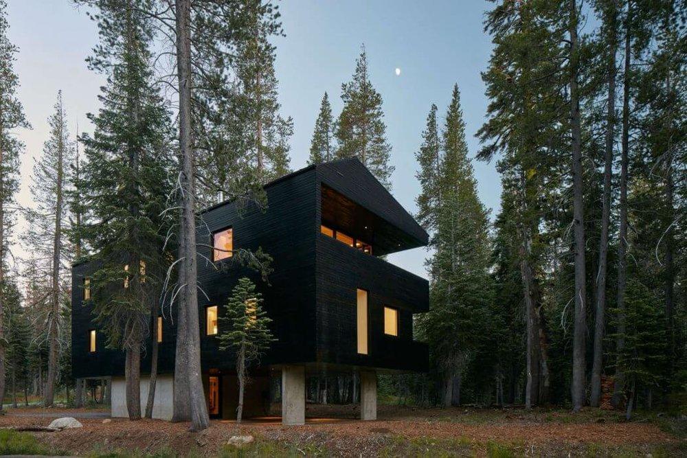 001-troll-hus-mork-ulnes-architects-1050x700.jpg