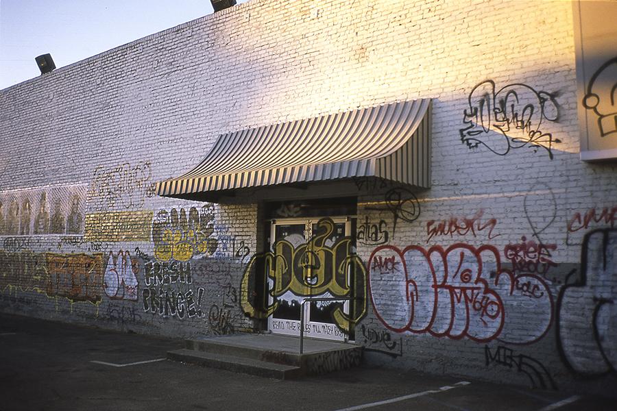 Oakland_contacT2_b.jpg