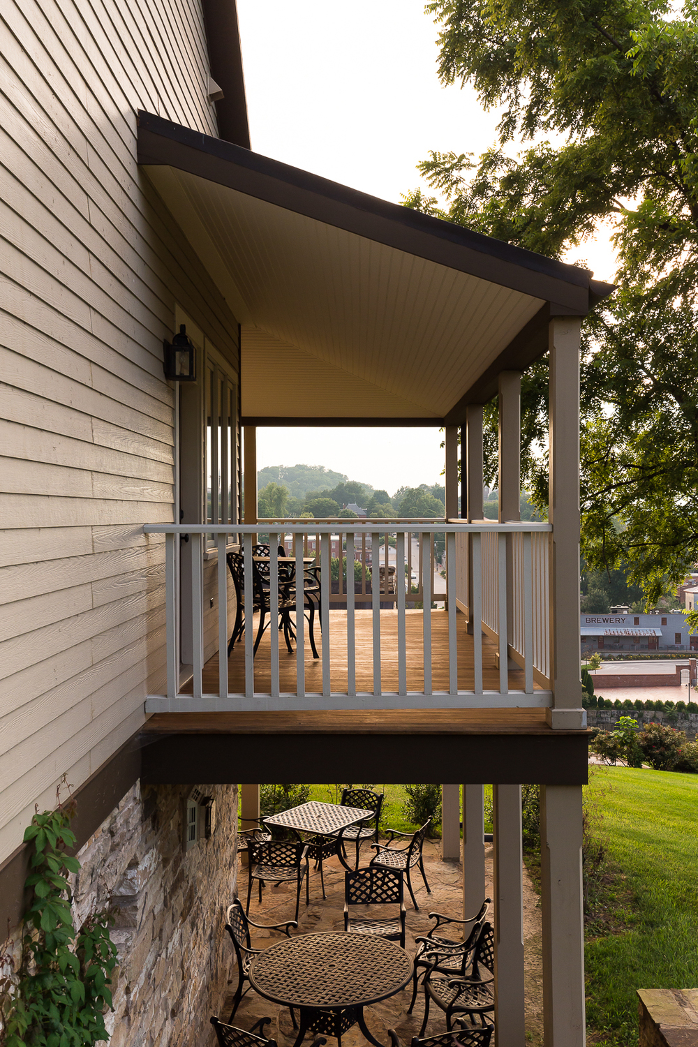 Some cottages have balconies with beautiful views of Hermann.