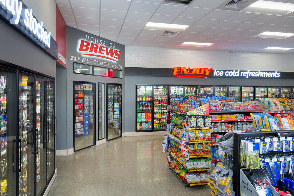06_ThompsonPhotography_20180607_Pete's+Convenience+Store (1).jpg
