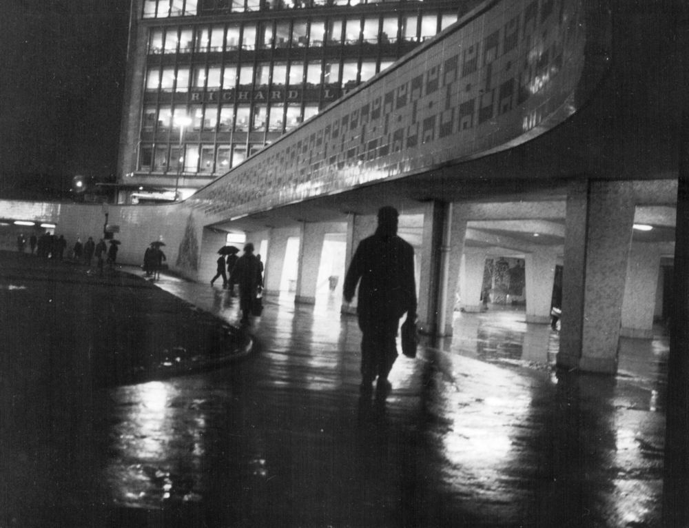 Colmore Circus – 1960s   Colmore Circus as many Birmingham residents still remember it, with the underpass and the old Wesleyan Chief Office and Gaumont Cinema.