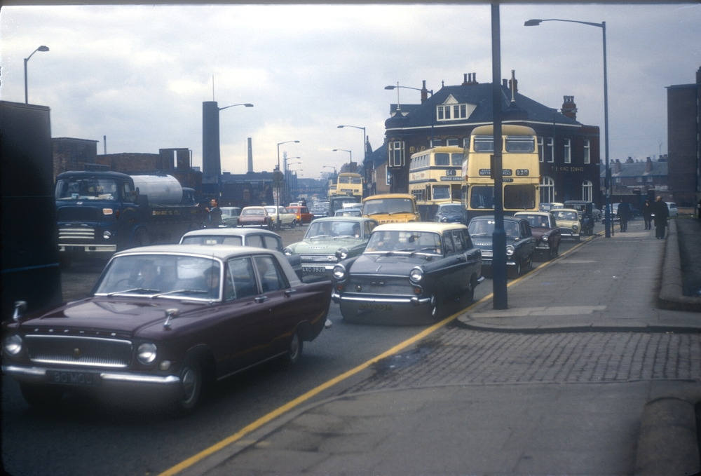 Aston, Lichfield Rd (A38) (L) Aston Hall Rd (R) 5.30pm. 14th March 1968