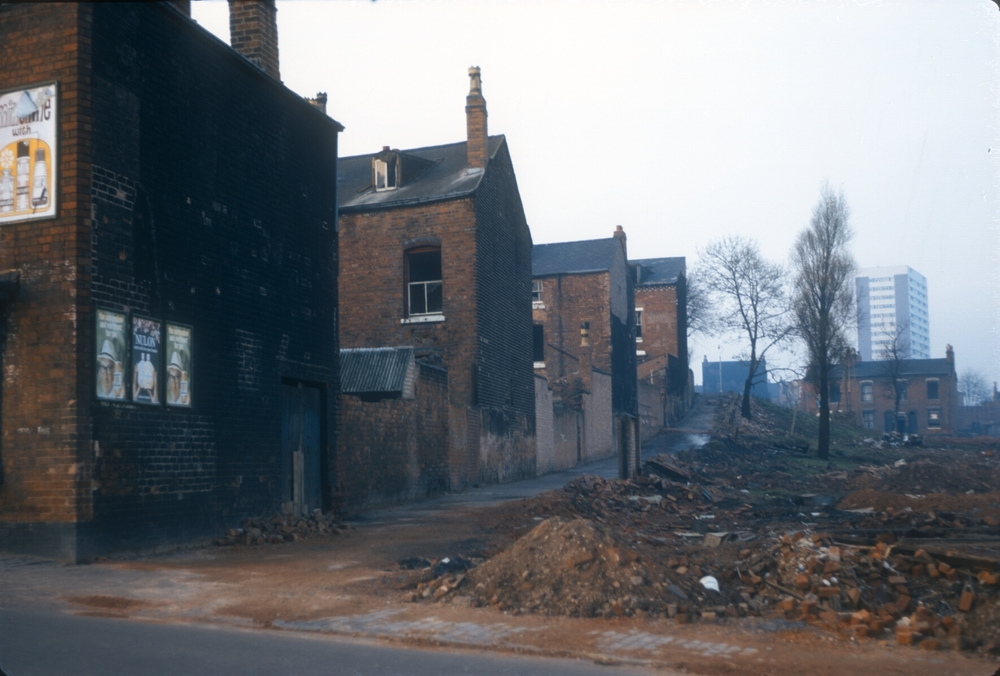 Newtown Aston, Furnace Lane from Clifford St towards Gerrard St north and William St to the Right. Houses originally built c.1870s. 9th November 1968
