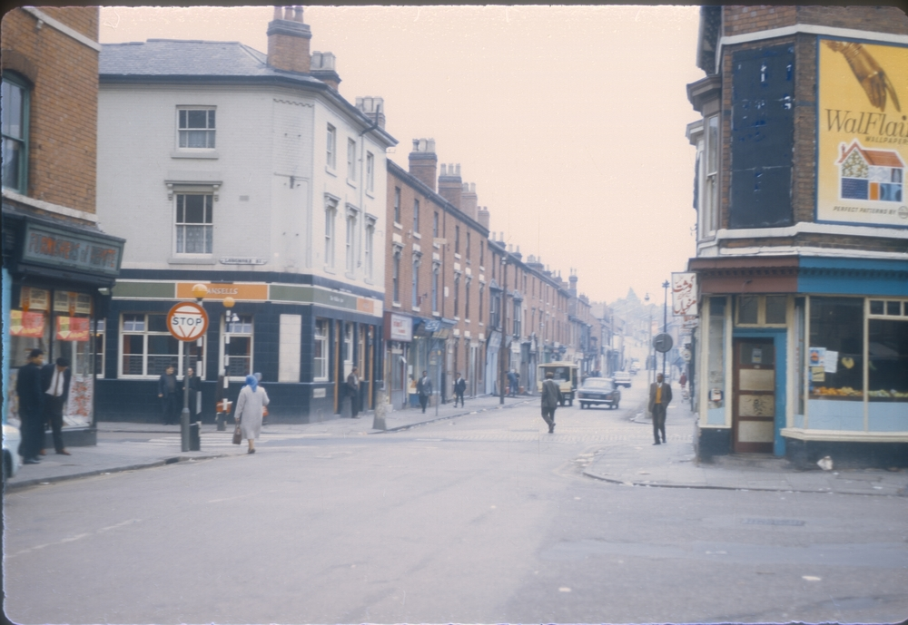 Balsall Heath Road (view Longmore Street to the right, Cleveland Street to the left) 25th September 1968