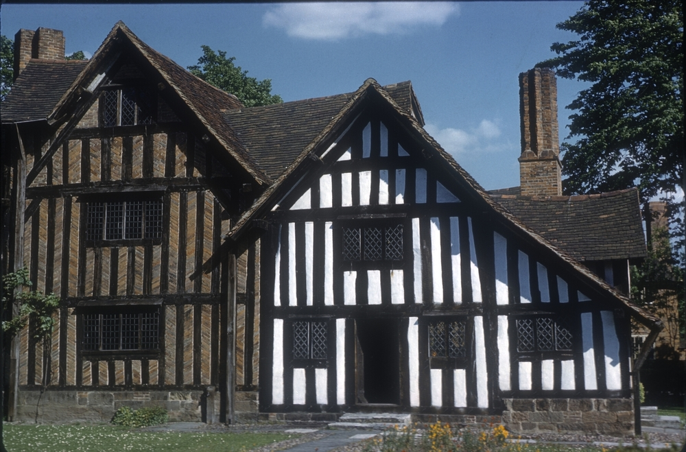 Bournville Selly Manor - 14th Century. 25th May 1960 (2)