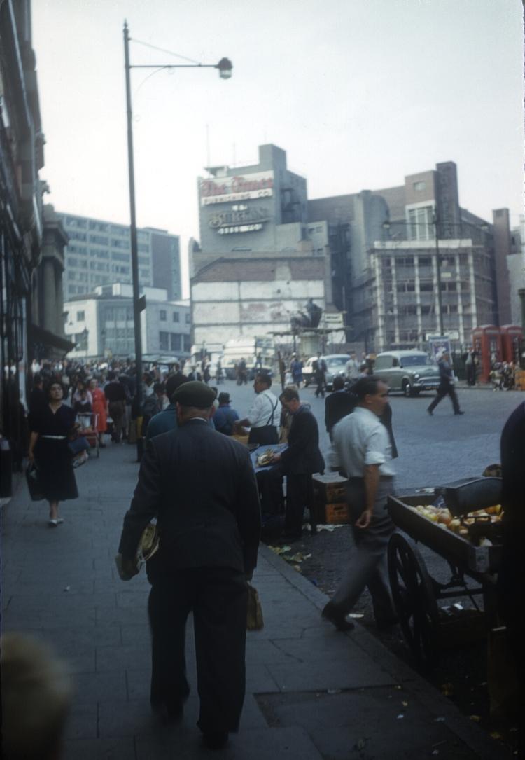 Bull Ring Street Market, Spiceal St, the last day of street trading. 12th September 1959