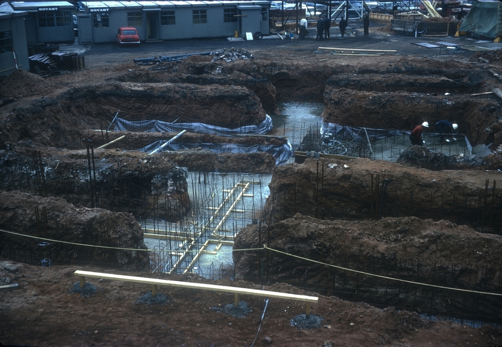 Cambridge Street excavation work for the construction of flats by canal. 24th April 1967