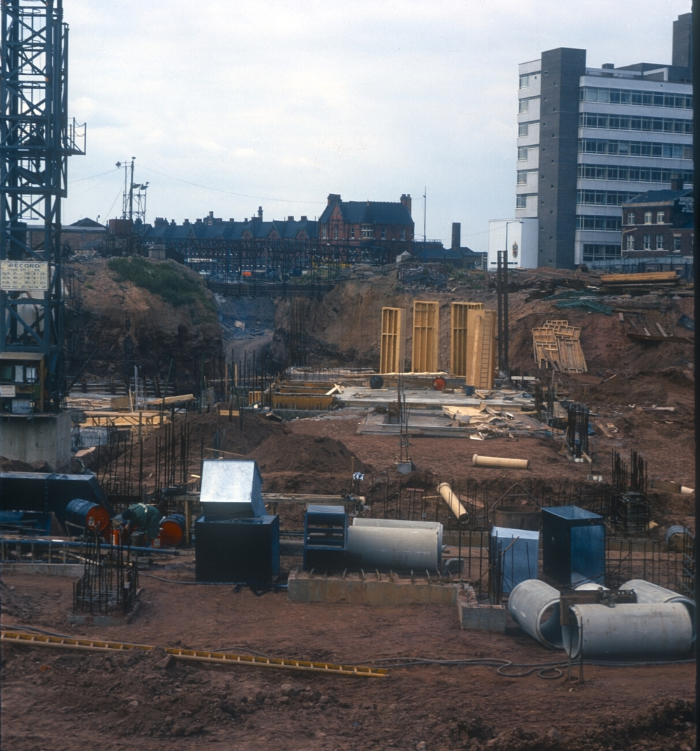 Cutting through sandstone. Paradise Circus site viewed from Edmund Street. 23rd August 1969