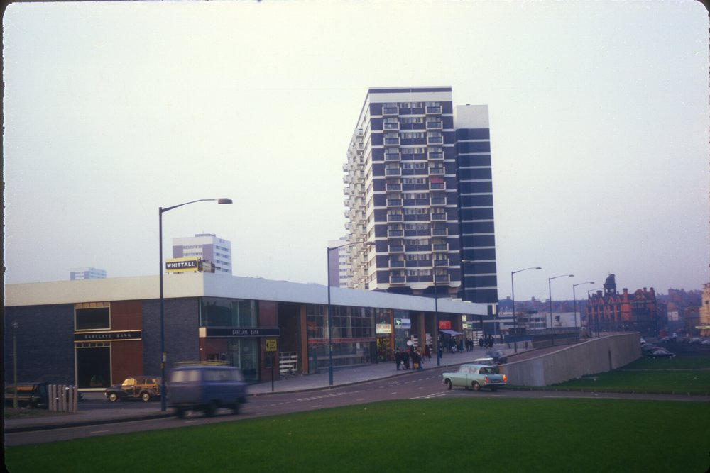 Newtown, Aston Shopping Centre, Flats (viewpoint from the Central Reservation on Main Road. Aston High Street) 9th November 1968
