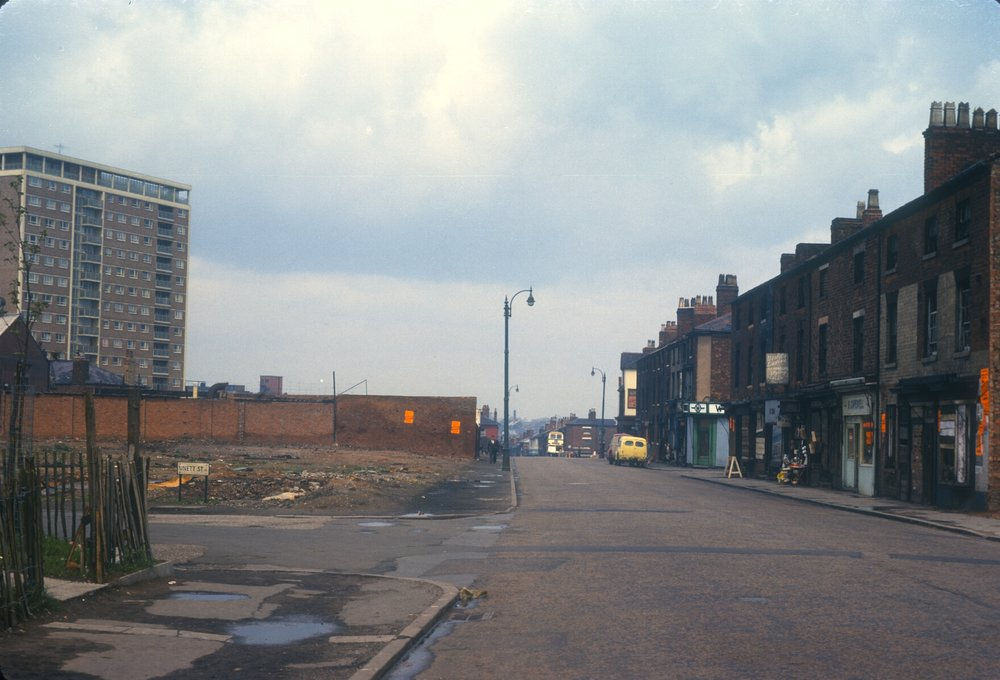 Newtown, Old and New in Great Hampton Row (Near Unett Street left) 14th May 1963