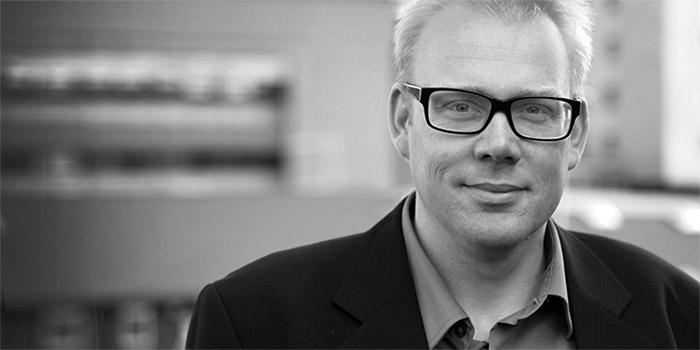Jesper Christoffersen Senior Consultant & Partner  +298 272576  jdc@e7.fo