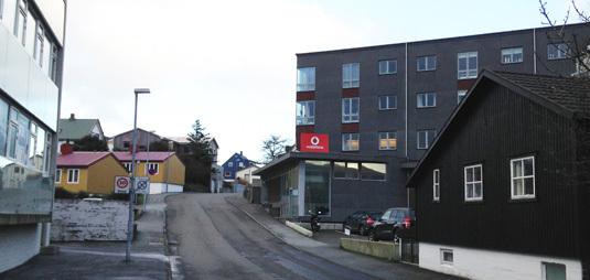 Nýggju høllini hjá Vodafone eru í Bókbindaragøtu, har Fróðskaparsetrið hevur húsast seinastu árini.