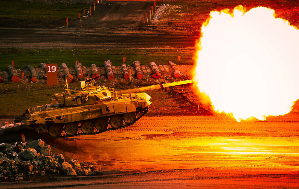 Jumping Tank T-90 / Business Dialogue