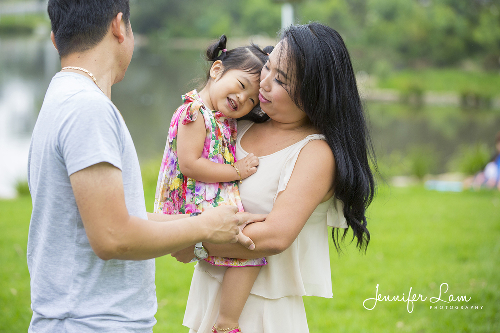 Family Portrait Session - Sydney - Jennifer Lam Photography (5).jpg