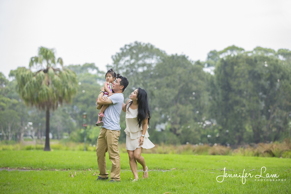 Family Portrait Session - Sydney - Jennifer Lam Photography (9).jpg