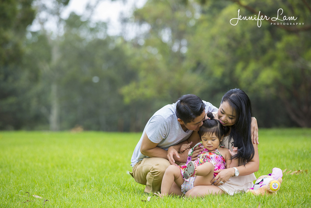 Family Portrait Session - Sydney - Jennifer Lam Photography (14).jpg