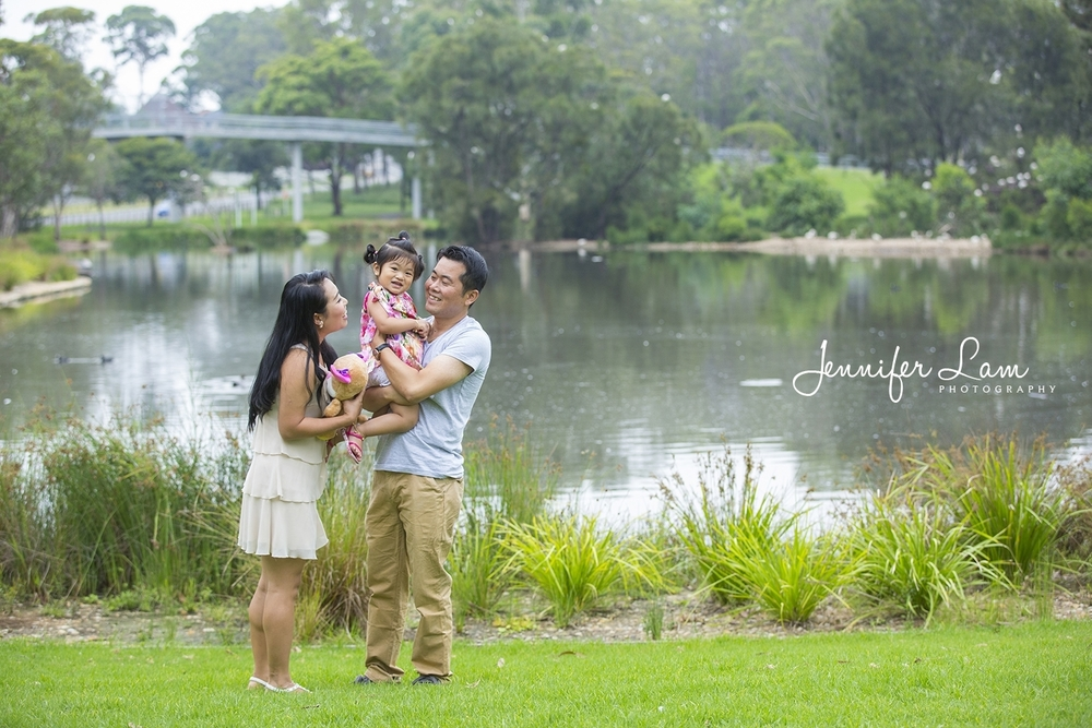 Family Portrait Session - Sydney - Jennifer Lam Photography (1).jpg