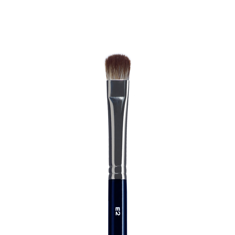 MEDIUM CREAM & POWDER EYE SHADOW/CONCEALER BRUSH
