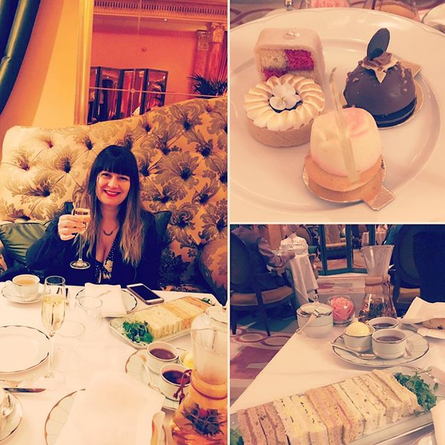 Cheers #thedorchester #hightea #cutecakes #champagne