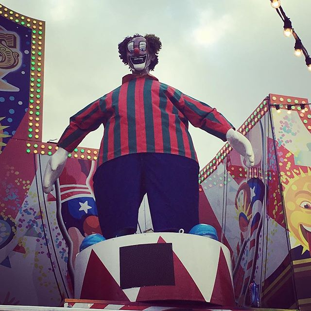 At Hyde Park #winterwonderland and there's always a clown lurking aboot to freak one out! Haha
