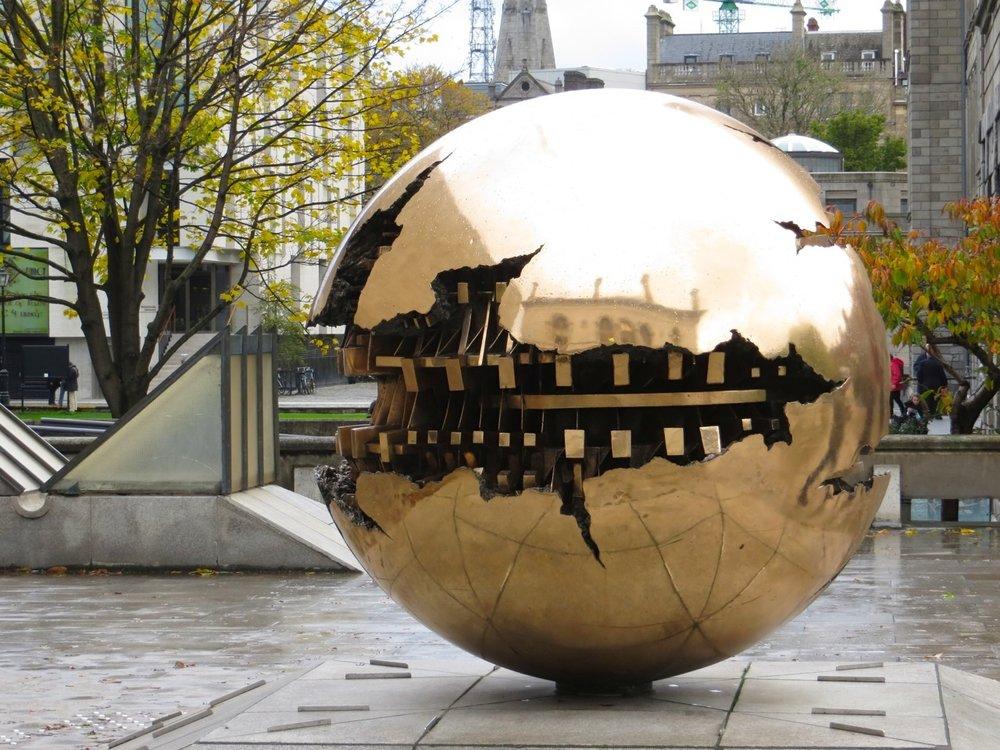pomodoro-sphere-tcd-11.jpg