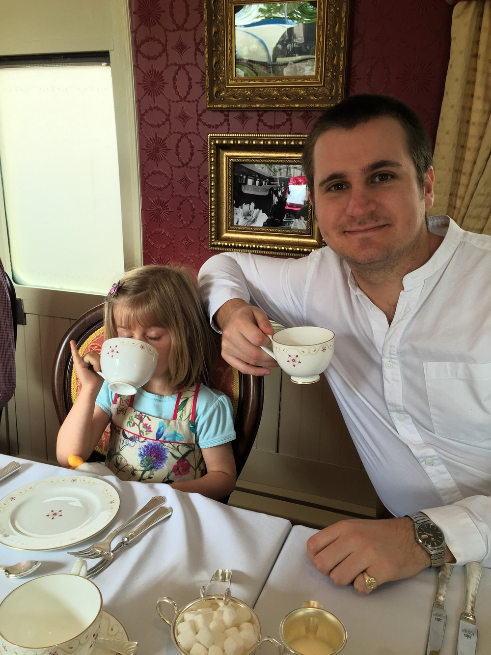 Matthew's niece teaches him some tea drinking etiquette at The Countess of York