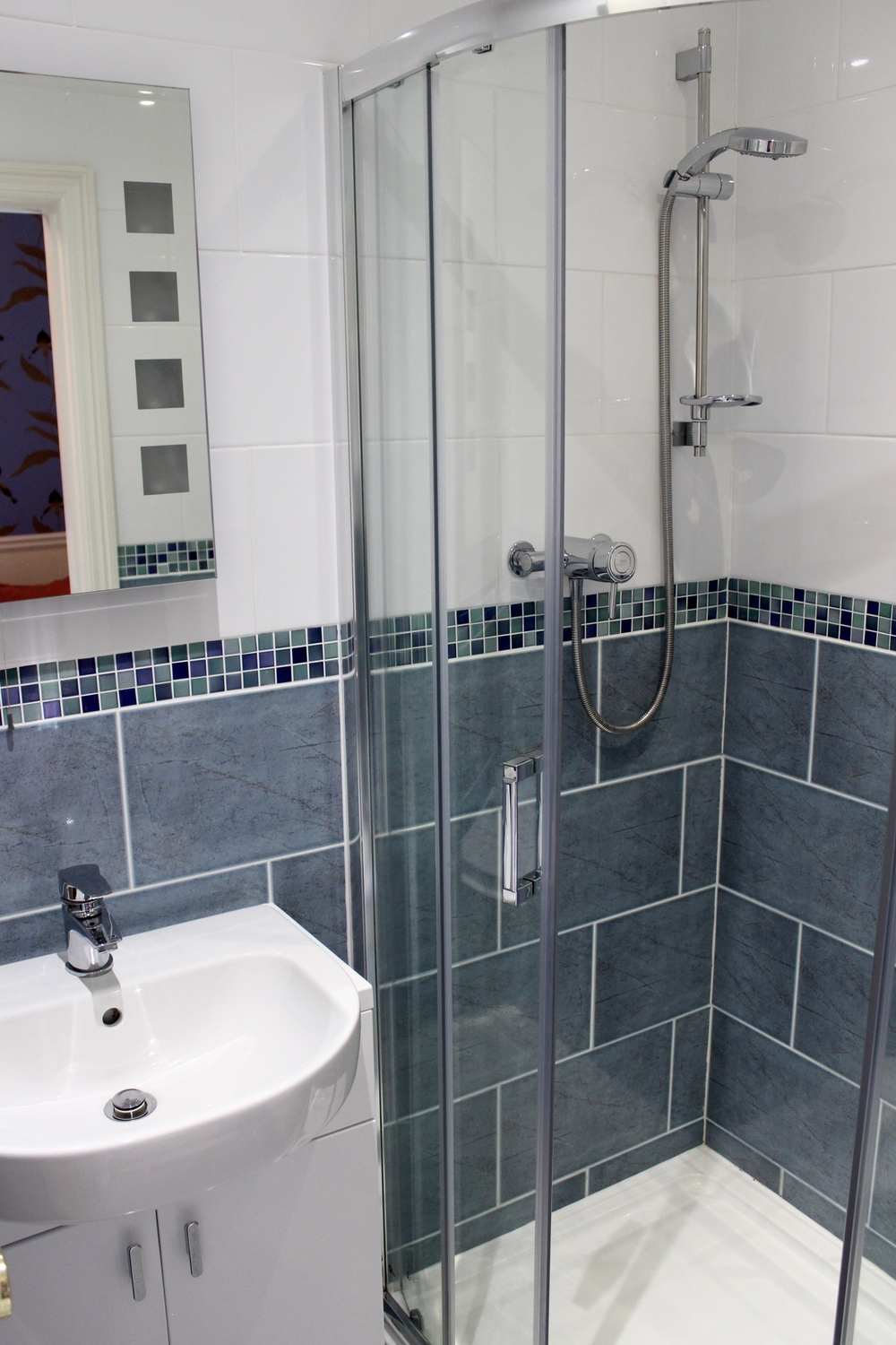 ensuite-shower-bed-and-breakfast-york