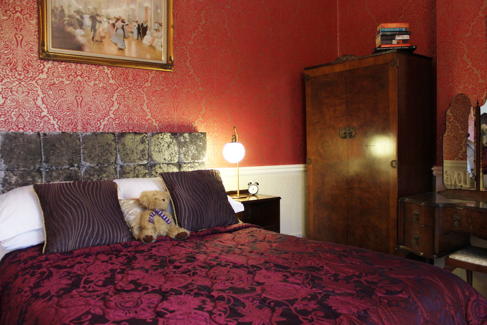 peony-bedroom-bed-and-breakfast-york.jpg