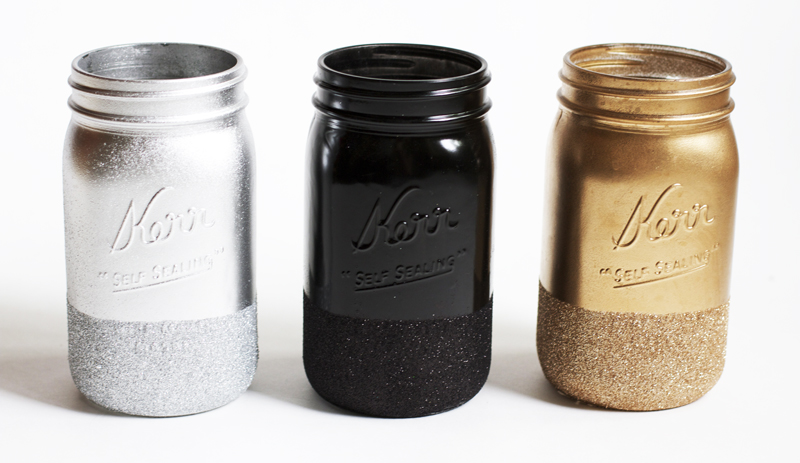 Glitter-Dipped-Mason-Jars.jpg