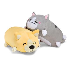 jhgq_cutsie_pillows.jpg