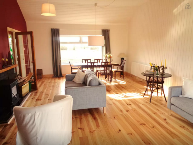Bright living area - Sligo Airbnb