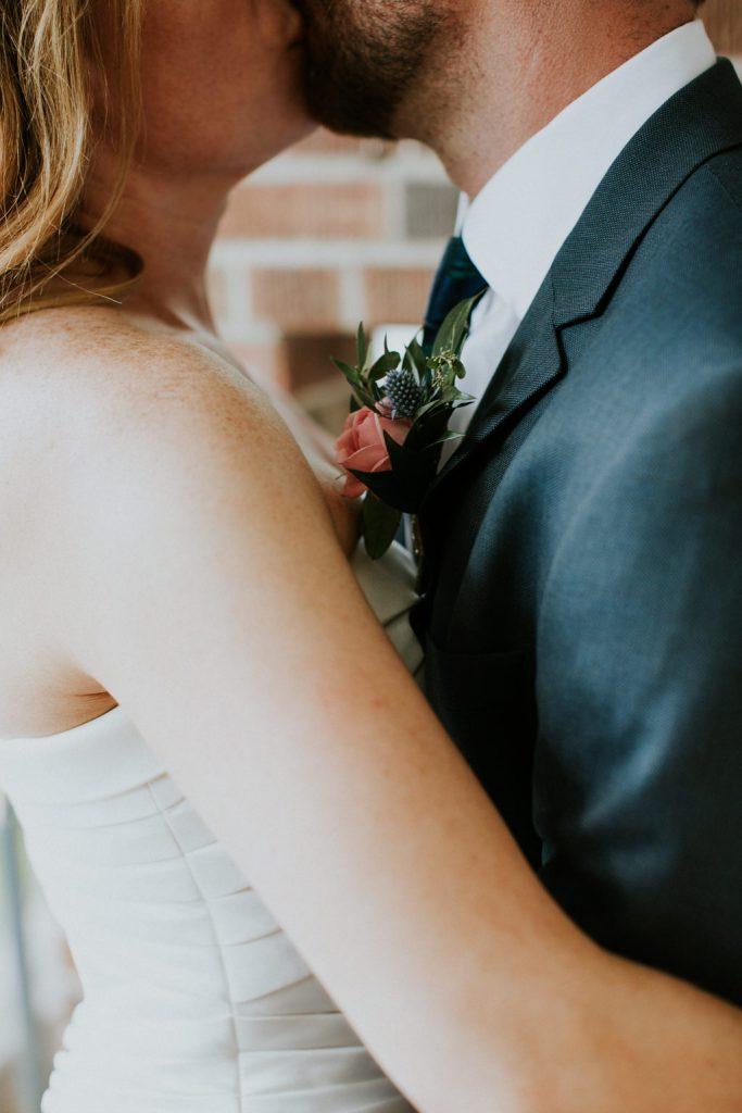 downtown-calgary-danish-club-wedding-by-sarah-pukin-photography-151-683x1024.jpg