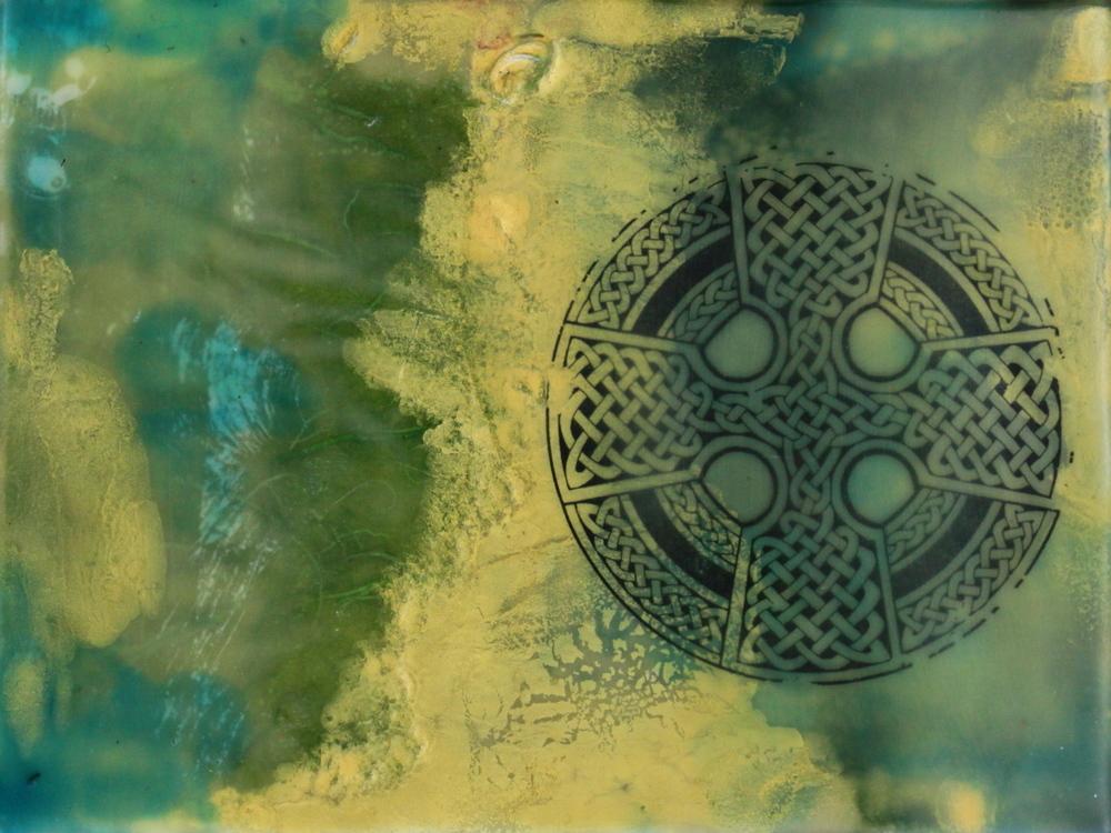 Phaedra Jean Taylor,Celtic Cross Encaustic(www.phaedrataylor.com)