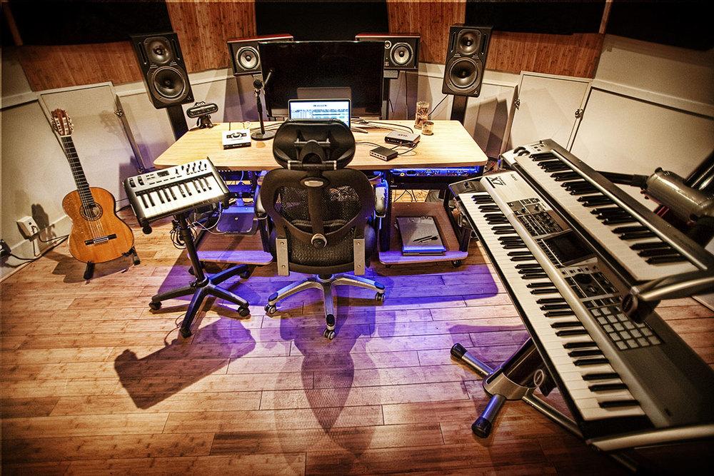 studiod2.jpg