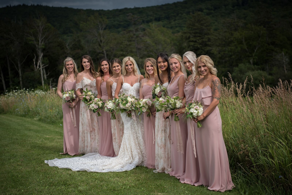 Randi Nonni VT Wedding Planner .png