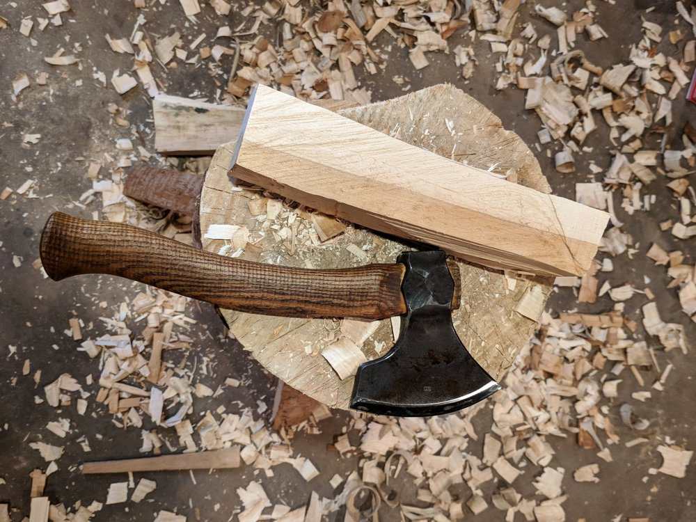 carving axe and maple