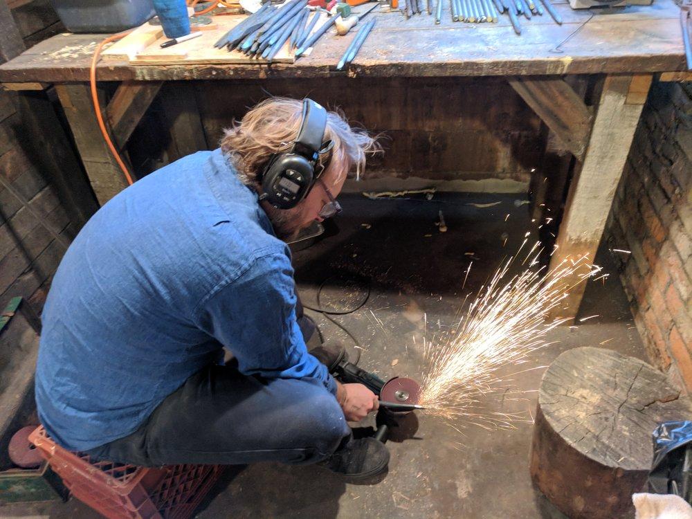 Jarrod demonstrating his LEDC style grinding