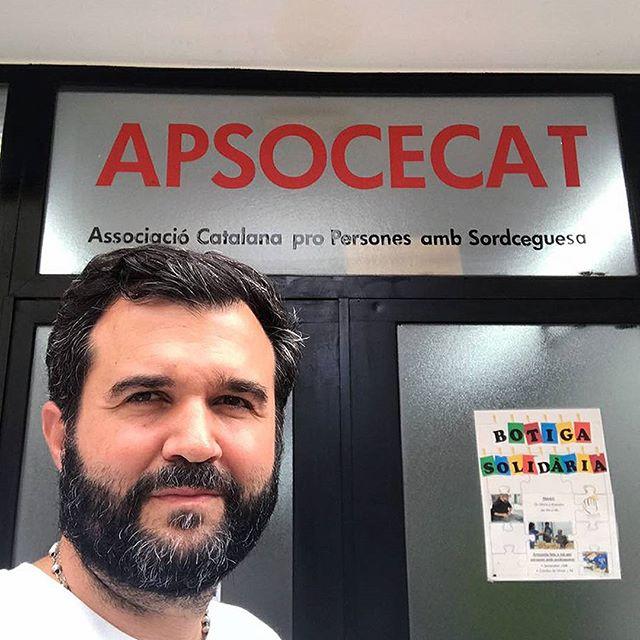 Gracias a todos los que asistieron a mi charla en Barcelona y principalmente a@apsocecatbarcelona por invitarme. . #abrirlosojos #apsocecat #barcelona #organization #organización #deafblind #catalunia #edbn #charla #abrirlosojos #superación #autoestima #felicidad #talk