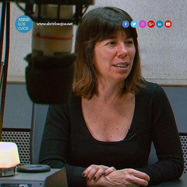 Gracias a Maria O'Donnell por la entrevista que me realizo en su programa Tarde para Nada en @radioconvos899 hace unas semanas atrás, la cual me gustaría compartir con todos Uds. . Si queres escuchar te dejo su link: http://bit.ly/ALO-EntrevistaMariaODonnell . . #GuidoEnTardeConVos #Entrevista #Radio #RadioConVos #TardeParaNada #MariaODonnell #AbrirLosOjos #Septiembre #2017