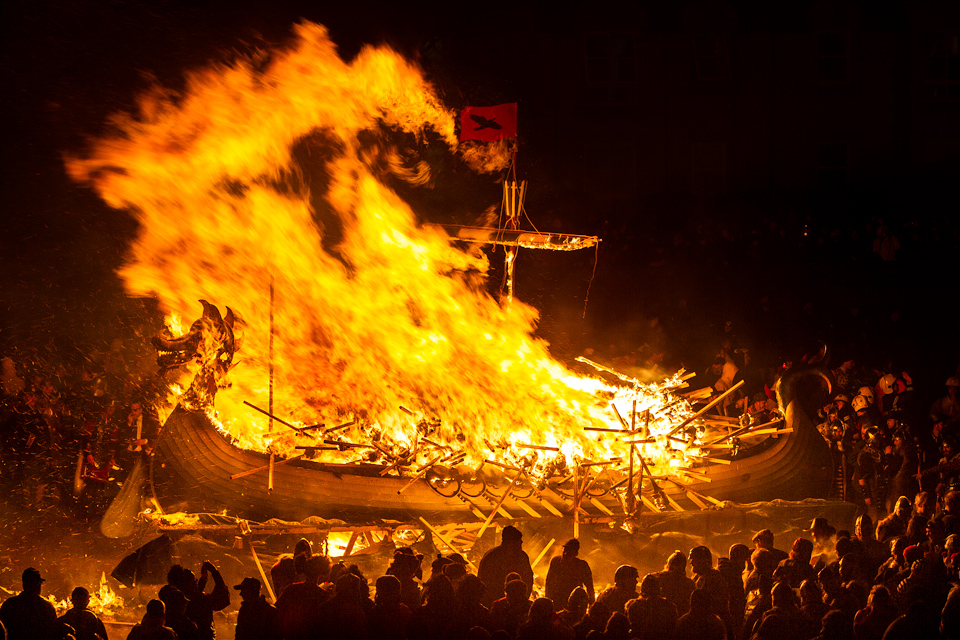 Procession and pyre at Up Helly AA – Photo source: UP Helly AA.