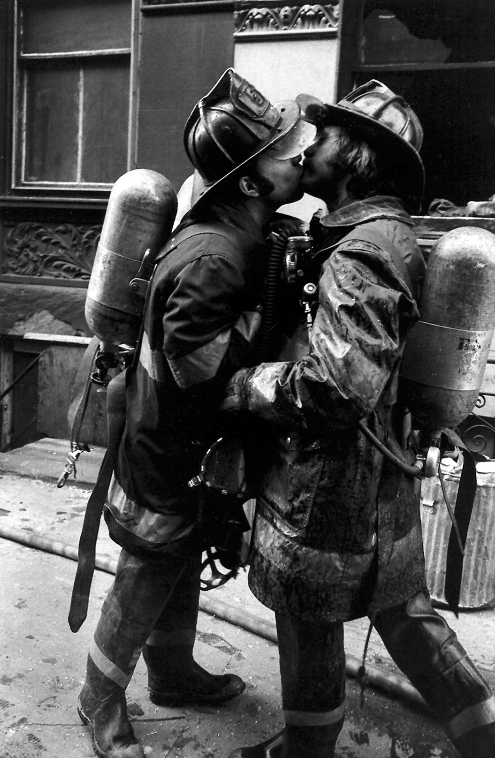 Brother Firemen (kissing fm).jpg