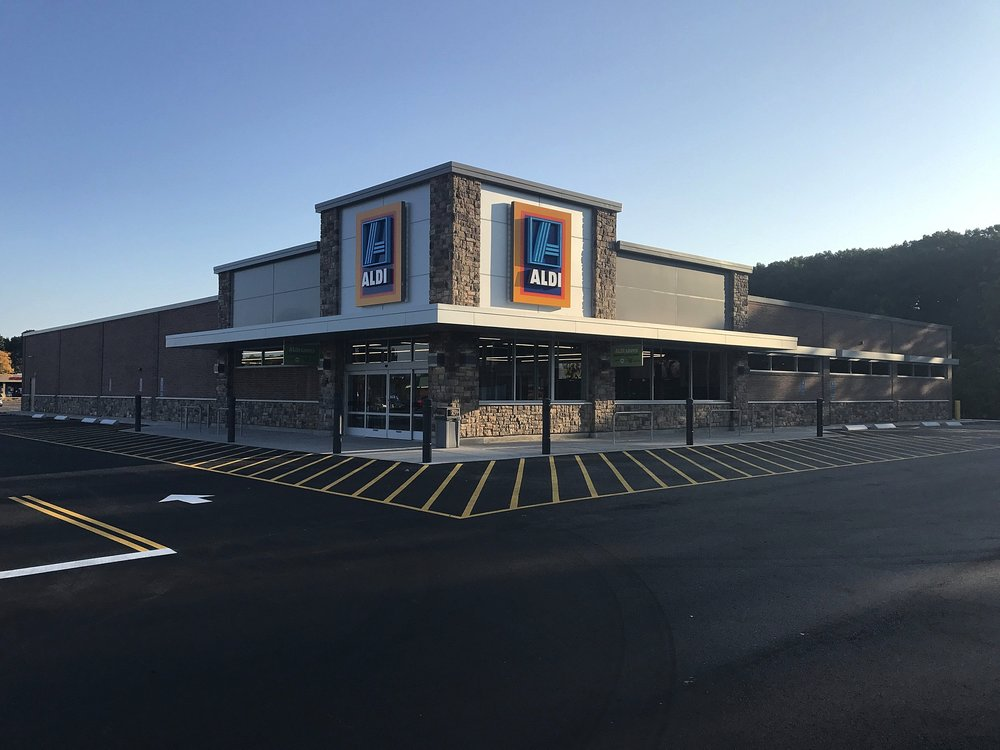 Aldi Southington 10.1.17.jpg
