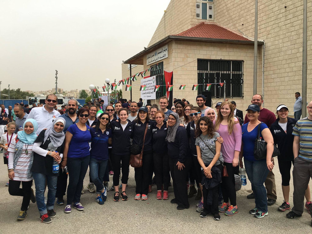 Fulbright volunteers at the 2016 race