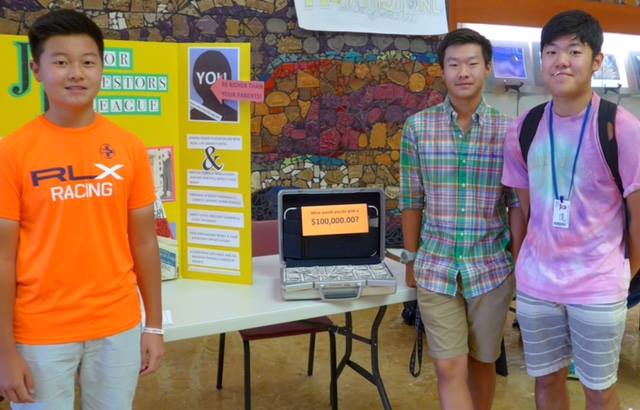 Secretary James Yu seems to have a sweet tooth. At the fair, the Hamilton HS branch signed up roughly 80+ members!  Alexander Yu (left) who is a freshman & 1st-year member of JIL.