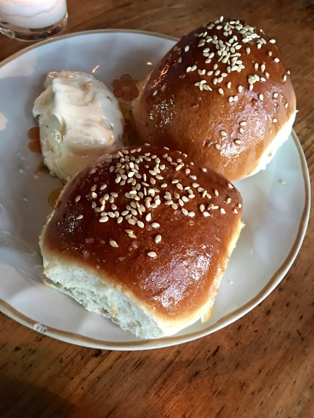 snackface-hatchet-hall-yeast-rolls