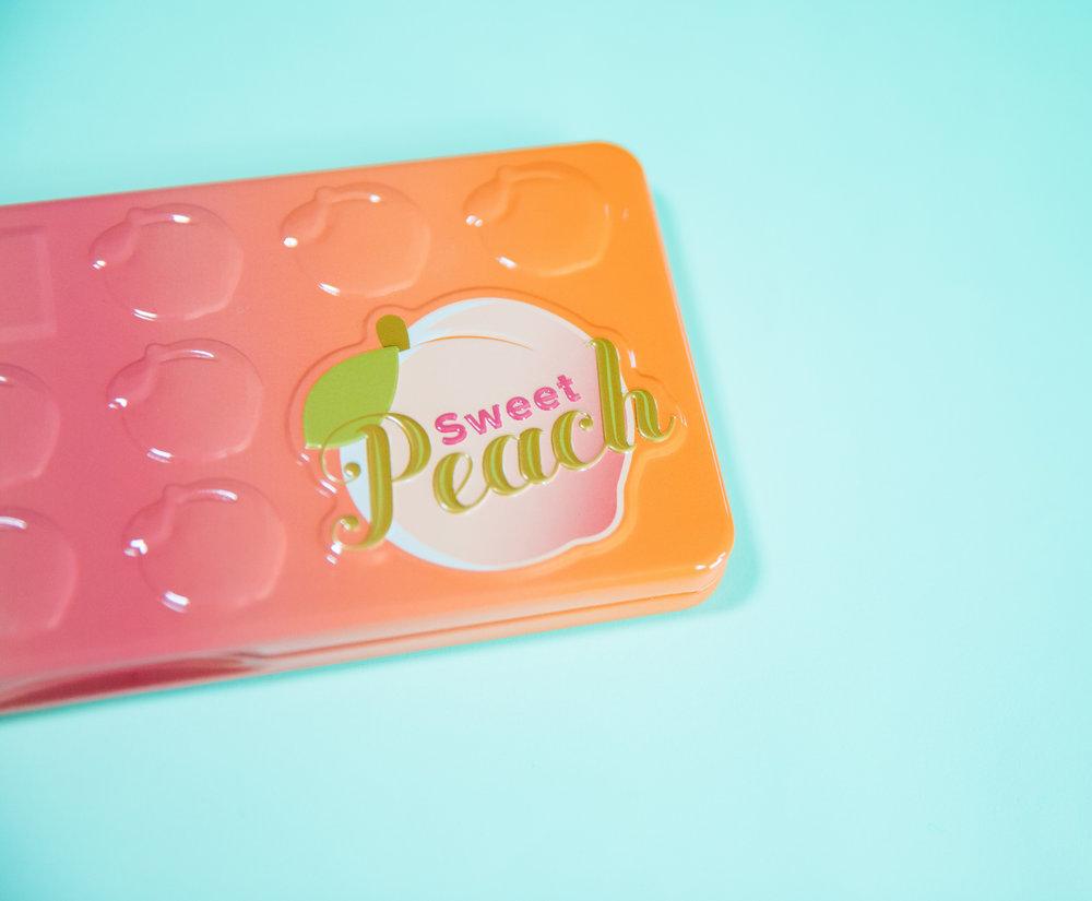 snackface-peach-palette-box-detail.jpg